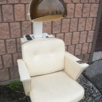 Hair dryer chair