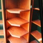 Corner shelving unit