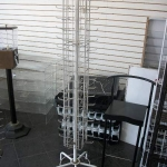 Spinner rack for hanging packages