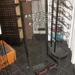 Freestanding grid rack