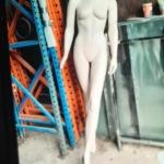 Headless fem. mannequin A