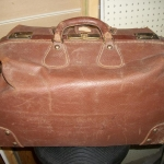 MD leather bag